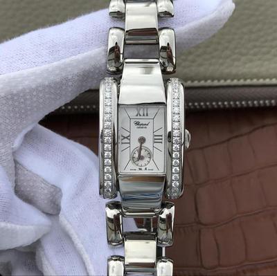 KG萧邦LASTRADA系列416867-1001腕表AISI316L精钢表壳可搭配进口意大利小牛皮表带和钢带。表圈有光圈珠圈和镶满珠天然锆石,女士手表,石英机芯,密底