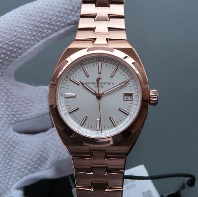 江诗丹顿纵横四海系列4500V腕表耗时10个月打造出来的精品精钢表壳