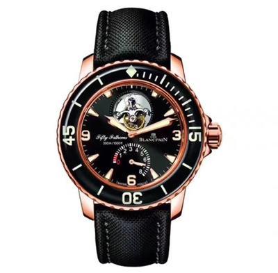 N宝珀5025-3630-52五十噚系列真陀飞轮男士腕表手表,一是改进了镜面蓝膜光效,二是提升了飞轮亮度,整个表看上去更显档次。和原装功能一模一样:自动上链陀飞轮,6点位置真动能显示